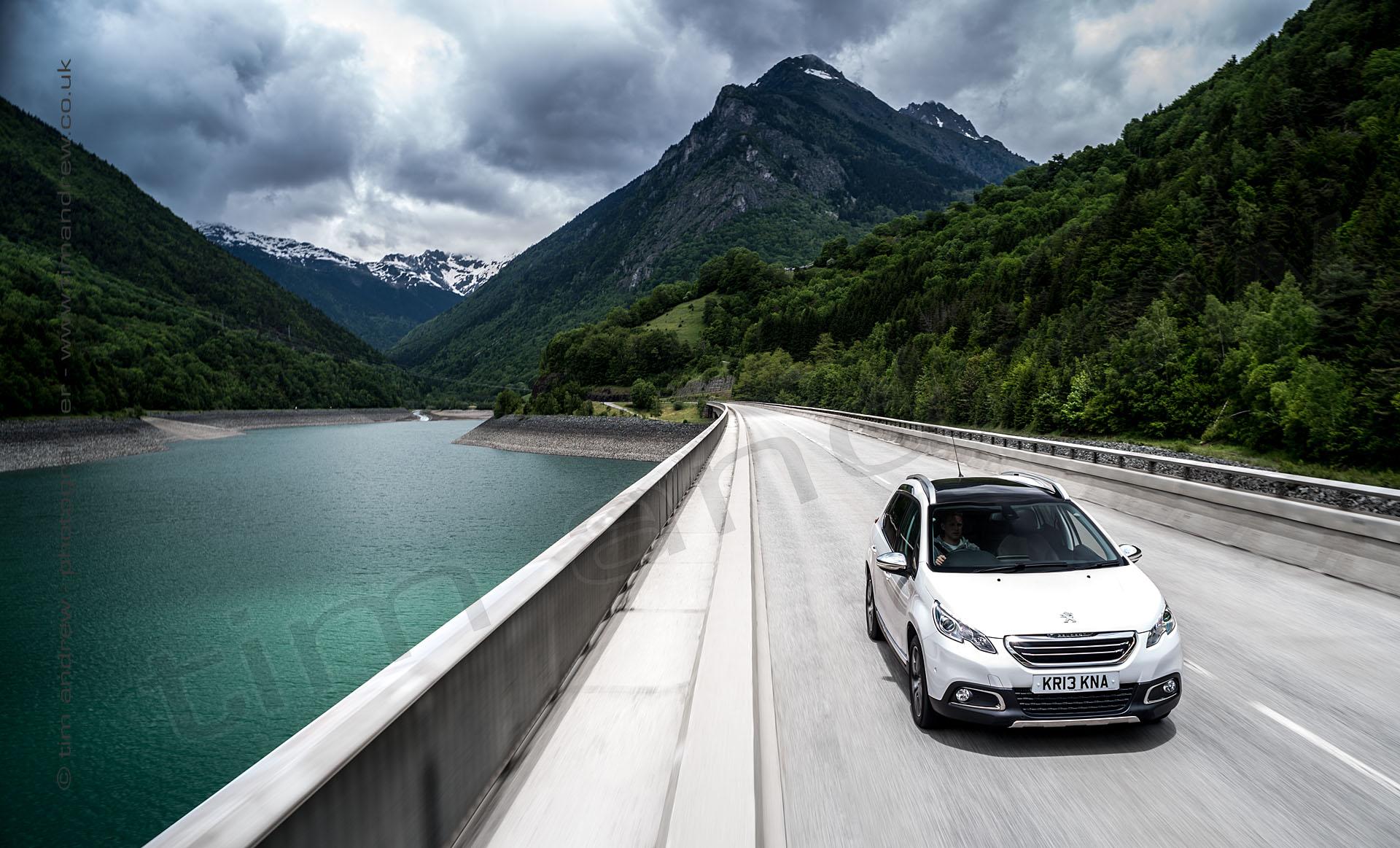 Peugeot in Alps