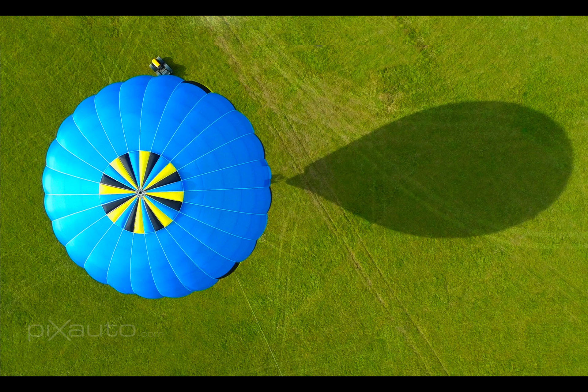 Deemster Hot air balloon aerial image