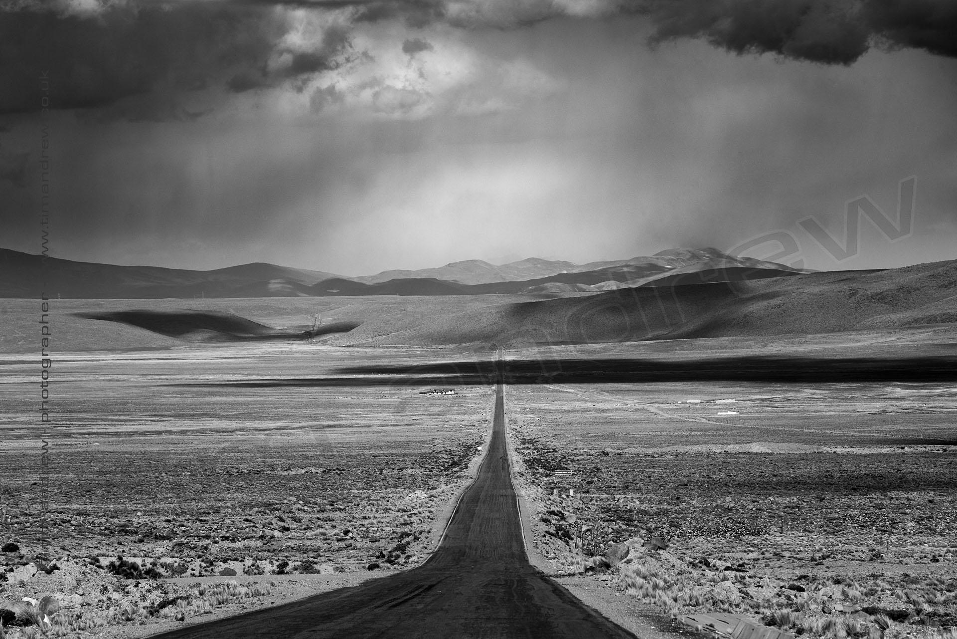 Infinite road Peru