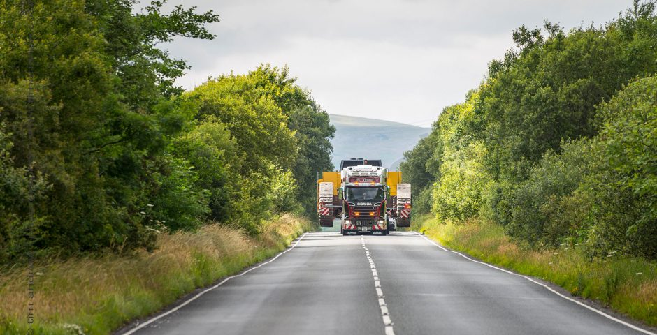 Scania R730 truck wide load